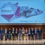 Confebask premia a la directora de DomusVi en Balmaseda por su labor en la formación de estudiantes de FP