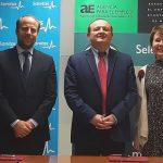 La Agencia para el Empleo de Madrid y Sanitas Mayores firman un convenio para mejorar la inserción laboral en la atención a la dependencia