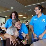 """Voluntarios de """"la Caixa"""" colaboran con más de 14.000 personas de la tercera edad para fomentar el envejecimiento activo"""