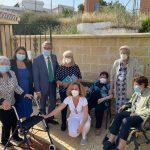 La Diputación continúa fomentando la lectura por las residencias de mayores de la provincia