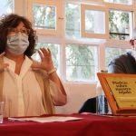 PRESENTACIÓN  EN MIERES DE 'PIEDRAS SOBRE NUESTRO TEJADO', UN LIBRO IMPRESCINDIBLE SOBRE LOS RETOS DEL ENVEJECIMIENTO EN LA ERA DEL COVID